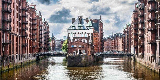 Canal in historic Speicherstadt, Hamburg