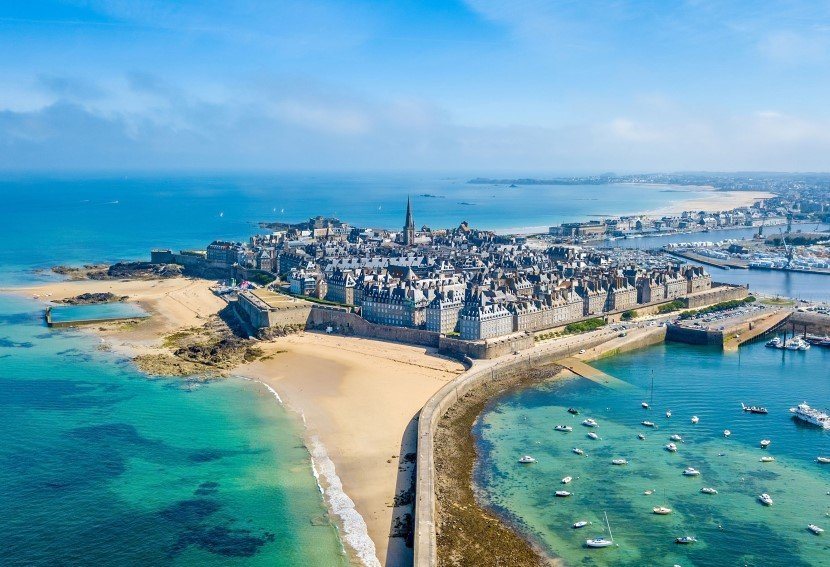 History and beauty in St. Malo.
