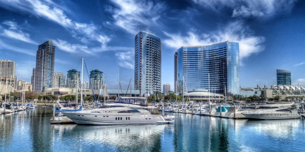 We sail from colourful San Diego to explore California´s golden beaches, rolling hills, and award-winning wine regions.