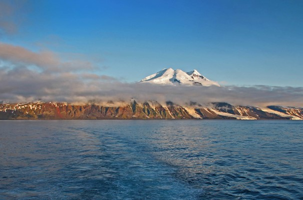 Cruise From Svalbard To Iceland Arctic Island Exploration