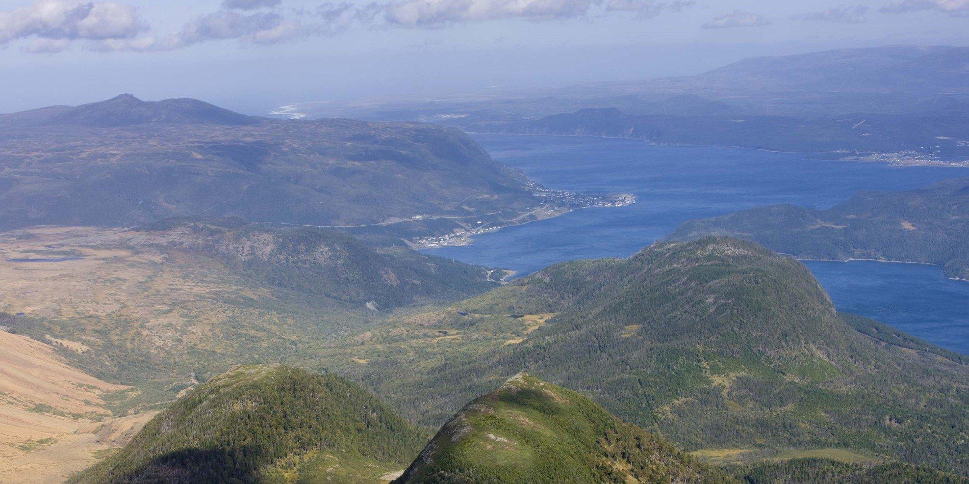 Gros Morne: Woody Point - Lookout Hills Hike | Hurtigruten UK