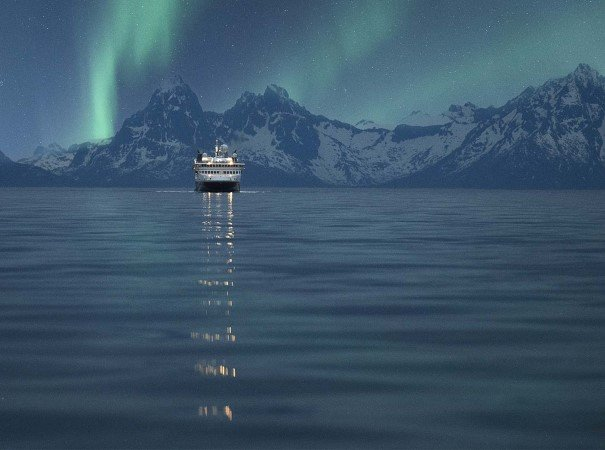 a54dd2ef1e4c Northern Lights flashing in northern Norway, above MS Spitsbergen. October  to April are the