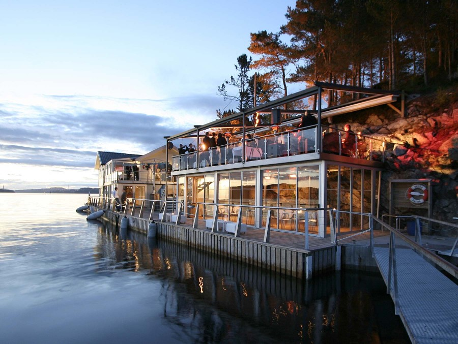 Island Seafood Dinner and Norwegian cuisine with a Boat Trip in Bergen