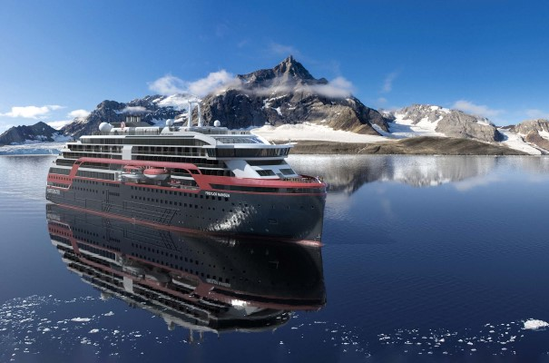 Sail with MS Fridtjof Nansen in Svalbard