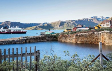MS Fram takes you close to life in Greenland. Then we cross the North Atlantic to explore the coastline of Newfoundland in Canada to explore a national park and several settlements.